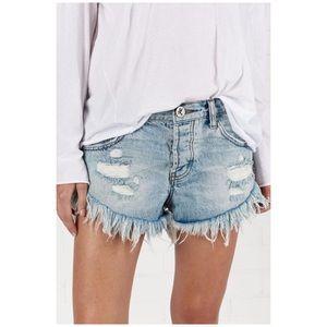 One Teaspoon • blue hart brandos jean shorts